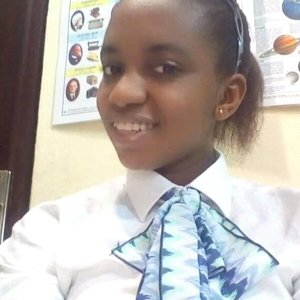 Diana - Uyo,Akwa ibom : I am a French citizen and teacher, an online