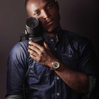 Cinematographer, aiming to teach photography and cinematography to students and graduates or aspiring photographers
