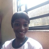Female maths tutor offering maths and physics lessons in Lagos, Secondary level.