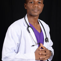 Medical doctor proficient in training on first aid and life saving skills for individuals and firms
