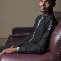 Political science graduate offering tutorials on economics And government in Lagos State