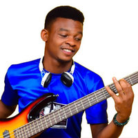 Professional bass guitar player ready to make you a professional player too