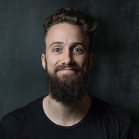 Software developer and computer science graduate offers computer science lessons (programming and theory)